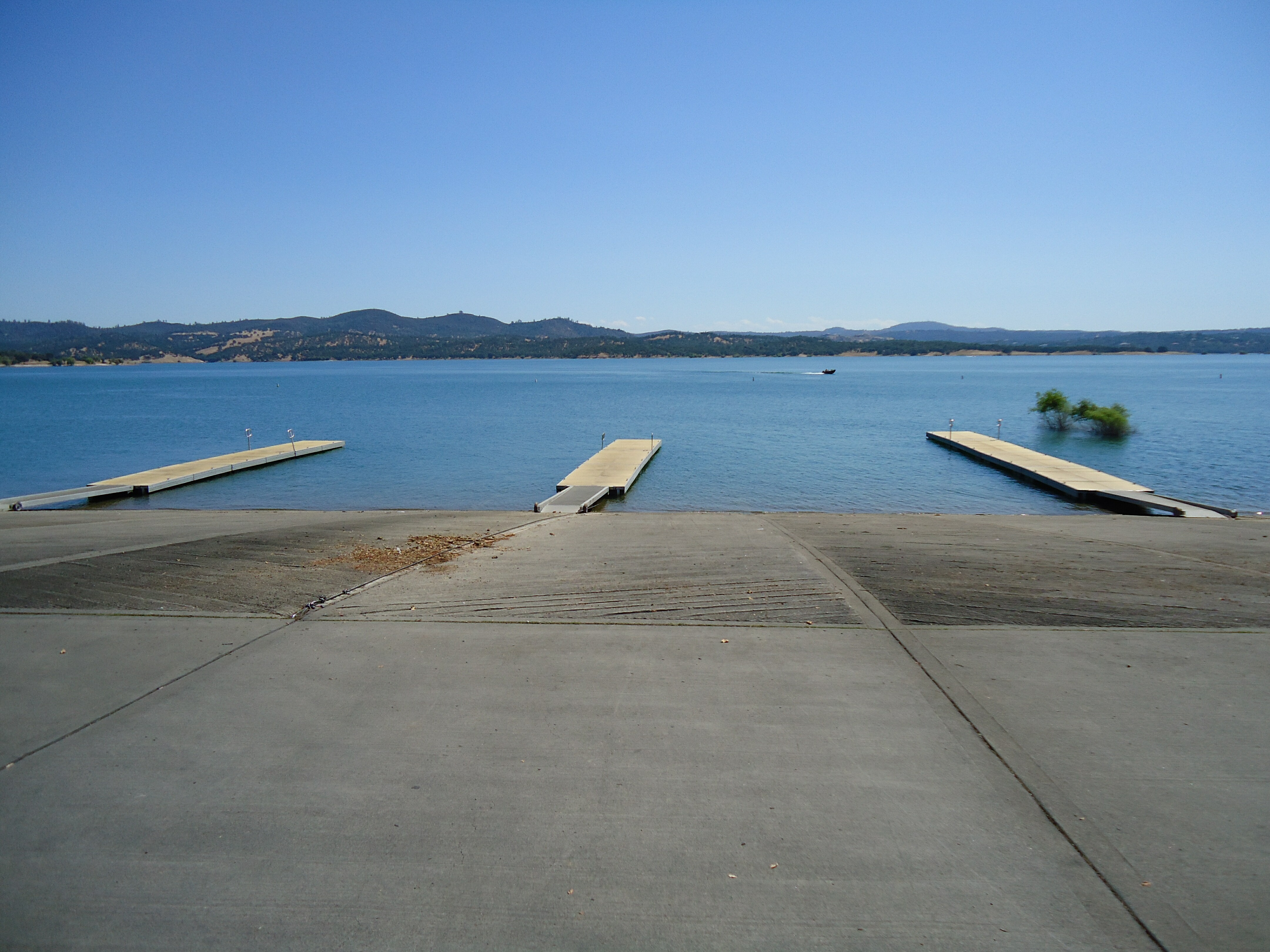 Folsom Lake Too Dry For 2014