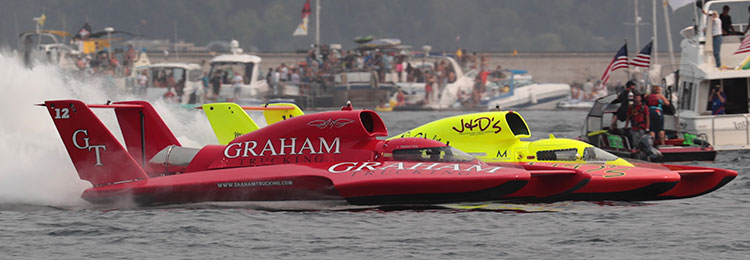 Graham Trucking Holds Narrow Lead In Seattle